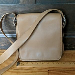 Coach Messenger Flap Bag 9335 tan Costa Rica